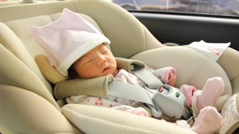 新生児から使えるチャイルドシートの選び方